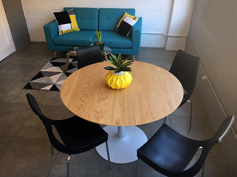 Round Meeting Table with White Base