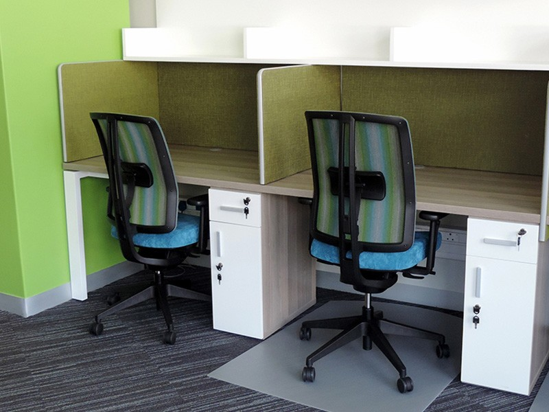 Call Centre with Wall Mounted Shelving